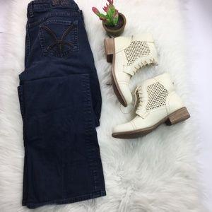 KUT from the Kloth Dark Wash Boot Cut Jeans Sz 10